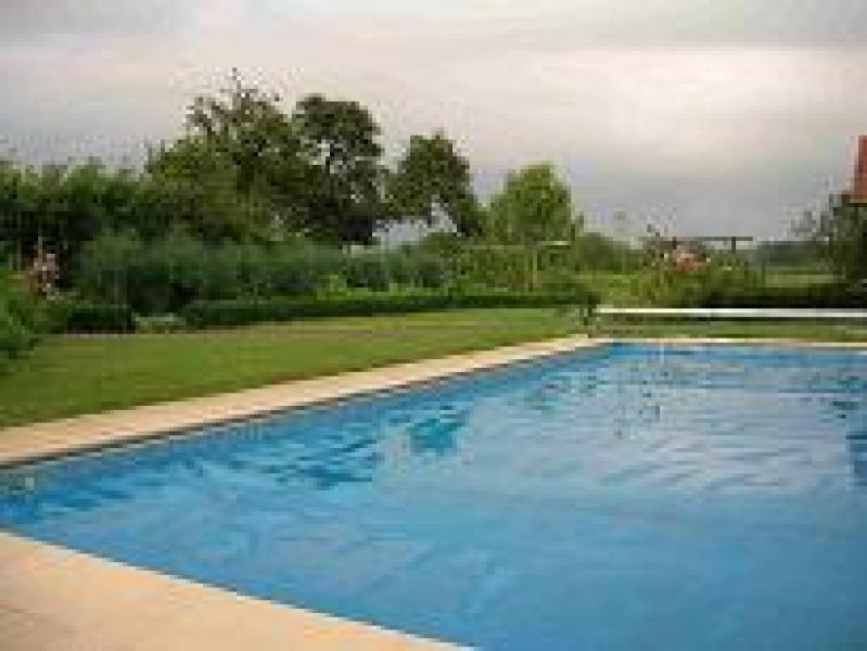 bouwpakket en toebehoren voor zwembad in polystyreen