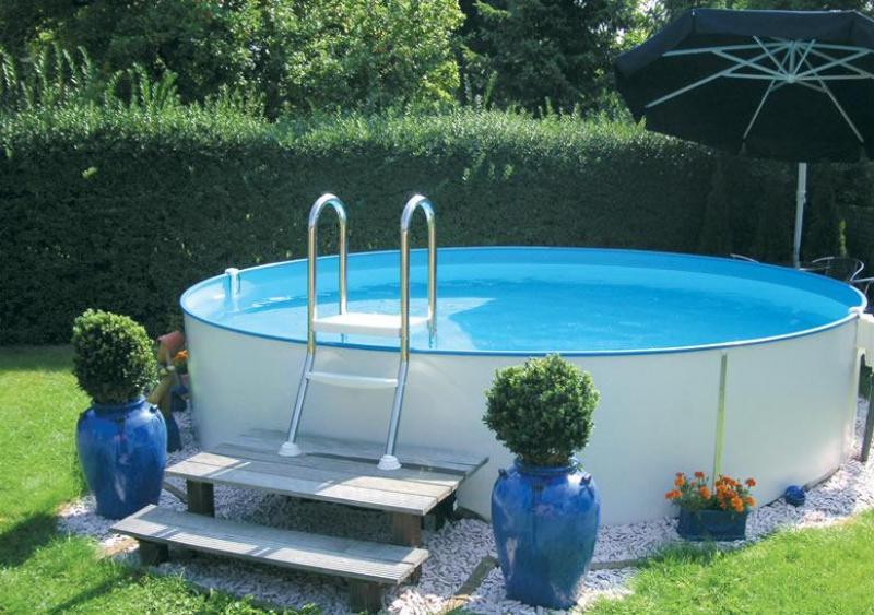 Zwembadtrap voor half ingegraven zwembaden astral pool for Opbouw zwembaden