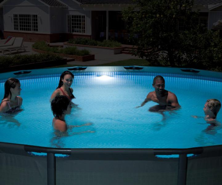 Zwembad verlichting led voor intex intex 28688 for Intex zwembad verkooppunten