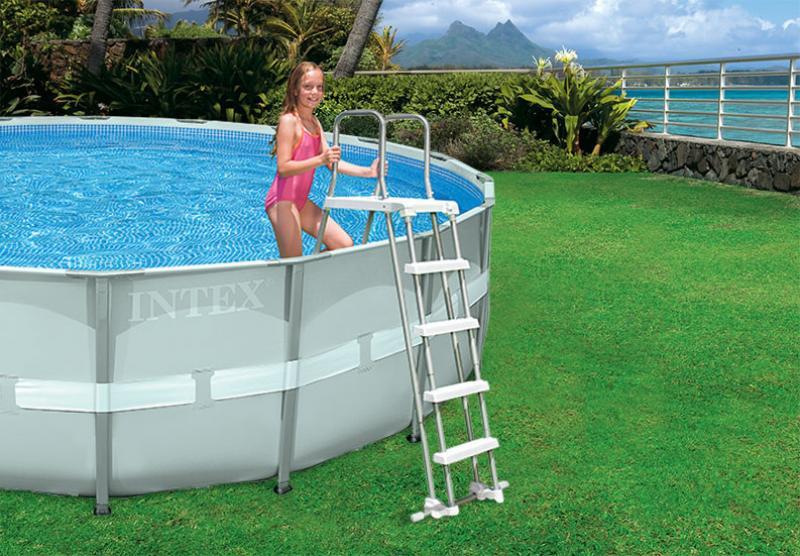 Intex zwembadtrap met veiligheidstreden intex for Verwarming intex zwembad