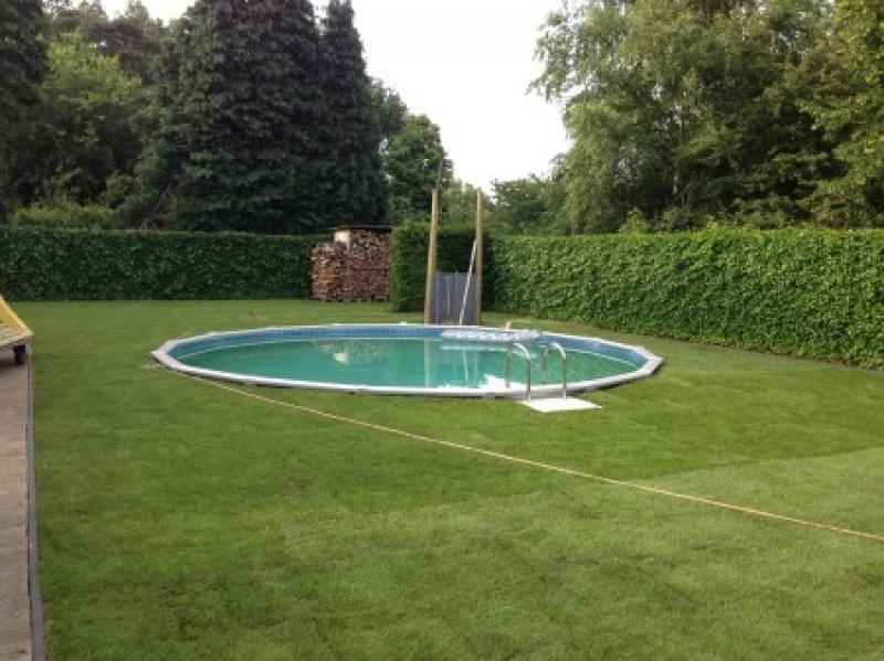 Trevi trevi for Zwembad leggen