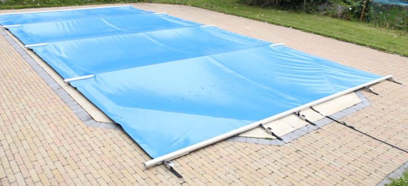 Veiligheidsafdekking 4 seizoenen astralpool astral pool for Zwemspa prijzen