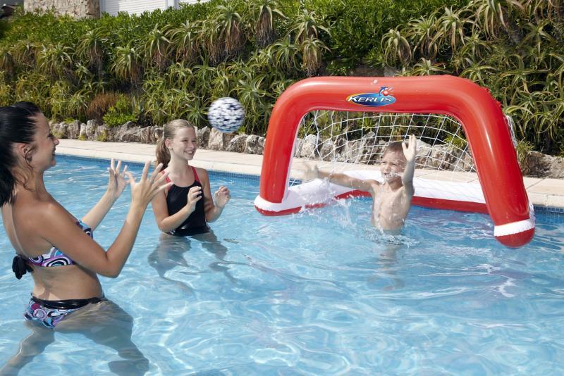 Water polo spel kerlis 13022 for Zwembad spel