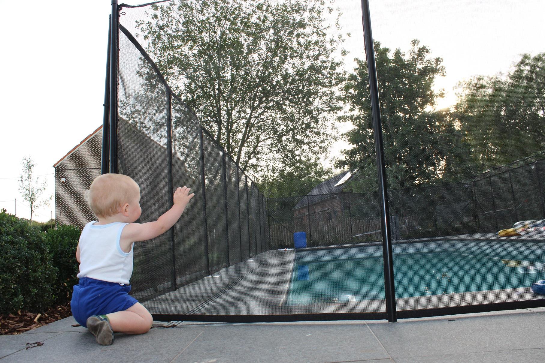 Veiligheidsomheining veilig voor kinderen for Zwembad spel